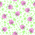 Clover flowers and leaves. vector seamless pattern.