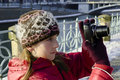 Cámara de la muchacha y de la foto Fotos de archivo libres de regalías