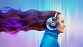 Colorful women woman listening to the music Royalty Free Stock Photo