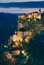 Começ a obscuridade na vila de Rocamadour Foto de Stock