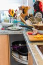 Photo : Compulsive Hoarding Syndrom - messy kitchen littered on abuse