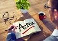 Concepto de brainstorming about action del hombre de negocios Imagenes de archivo