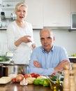 Conflicto de la familia en cocina Imágenes de archivo libres de regalías
