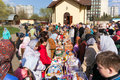 Consecration of easter cakes and eggs moscow russia april for near the chapel in honor our lady the inexhaustible Royalty Free Stock Images