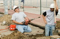 Konštrukcie pracovníci usmievavý