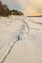 Costa del invierno del mar de barents Foto de archivo libre de regalías