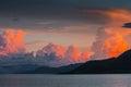 Coucher du soleil au barrage thaïlande de pranburi Photographie stock libre de droits