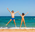 Couple jumping Royalty Free Stock Photography