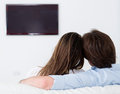 Couple watching television Royalty Free Stock Photography