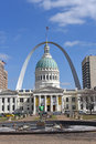 Courthouse and Arch in Saint Louis Missouri Royalty Free Stock Photo