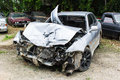 Photo : Crashed cars computer professional and