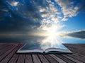 Página de libro en en océano