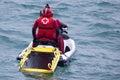 Croix rouge délivrance maritime et navire Image stock