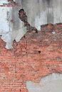 Crumbling brick wall Royalty Free Stock Photography