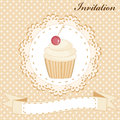 Cupcake invitation card with cute vanilla Royalty Free Stock Images