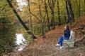 Dame Hiker Resting Lizenzfreie Stockfotos