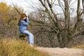 Dame Hiker Resting Lizenzfreie Stockbilder
