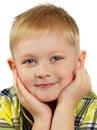 Das Portrait des Jungen der Blondine, die lächelt. Lizenzfreies Stockfoto