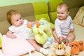 De meisjes van de baby spelen Stock Foto