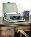 Desk old retro typewriter writing 库存图片
