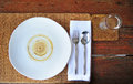 Dinner plate setting in restaurant Royalty Free Stock Photography