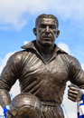 Dixie dean statue a of footballer and goalscorer outside goodison park in england it celebrates his contribution to everton Stock Photography