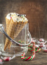 Doces cane ice cream no cone do waffle Fotografia de Stock