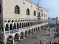 Doge's Palace and Tourists Royalty Free Stock Photography