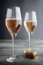 Dois vidros de rose pink champagne Fotografia de Stock Royalty Free