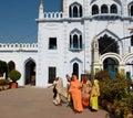 Donne in sari variopinti Immagini Stock