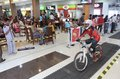 Downmall cyclist spurred his bike in national championship race in hartono mall sukoharjo central java indonesia Stock Photography