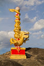 Dragon statue in blue sky with cloud Royalty Free Stock Photography