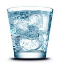 Drank met ijsclose-up Royalty-vrije Stock Afbeeldingen