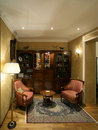 Dwelling room rich person in classical style Royalty Free Stock Photos