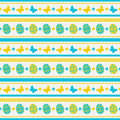 Easter seamless pattern with eggs and butterflies. Vector background.