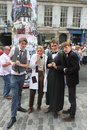 Edinburgh fringe festival august members of ops theatre from st petersburg publicize their show confused in syracuse during Stock Image