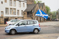 Edinburgh scotland uk – september independence referendum day public expressing their opinion on during using yes flags Royalty Free Stock Images