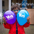 Edinburgh scotland uk – september independence referendum day young minority expressing their opinion on during Stock Photo