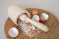 Eggs shell chapping into powder of calcium Royalty Free Stock Photos