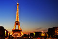 The eiffel tower in paris france by night Stock Images