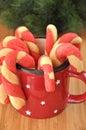 El hogar hizo el caramelo cane cookies Imágenes de archivo libres de regalías