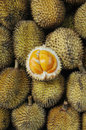 Elai, les fruits tropicaux aiment le fruit de durian Photographie stock libre de droits