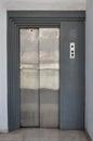 Elevator lift with sliding doors