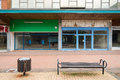 Empty shops in an abandoned high street bracknell uk august highstreet the berkshire town of bracknell awaiting demolition to make Stock Photo