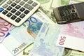 Euro för dollar för sedelräknemaskinmobiltelefon Royaltyfria Bilder