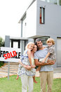 Family buying a house Royalty Free Stock Photo