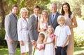 Familia grupo en boda