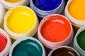 Farben und Anstrichpinsel. Stockfotos