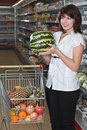 Female customer  in a supermarket Royalty Free Stock Photos