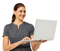 Femme d affaires heureuse working on laptop Images stock